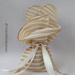 Κωδ. Ρ-300 Μπομπονιέρα Γάμου σενίλ (45εκ), 5 κουφέτα, δεμένη με κορδέλες σατέν. Για 50-150 τεμ. 2,30 €/τεμ.