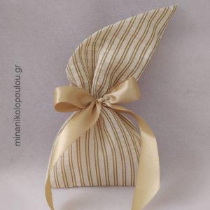 Κωδ. Ρ-310 Μπομπονιέρα Γάμου Πουγκί σενίλ μυτερό (14x28εκ), 5 κουφέτα, δεμένη με κορδέλα σατέν (2,5εκ). Για 50-150 τεμ. 2,20 €/τεμ.